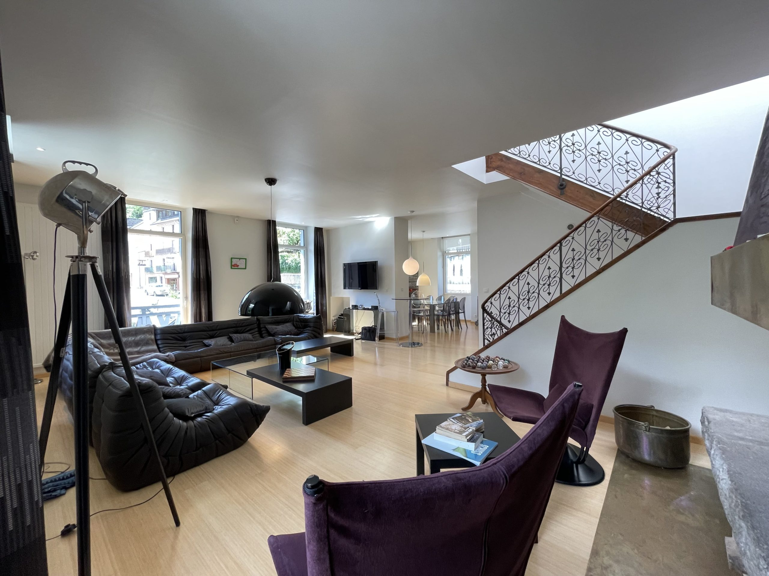 Maison 8 pièces 300 m² avec jardin